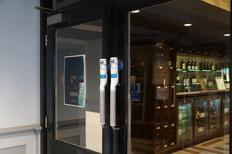Surfaceskins: Door Hygiene, hand hygiene, hygienic surface, touch, hold, antibacterial, alcohol gel, self-disinfecting,  pull handle